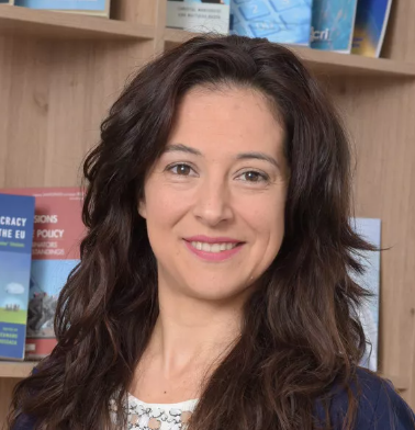 Ms. Stefania Benaglia